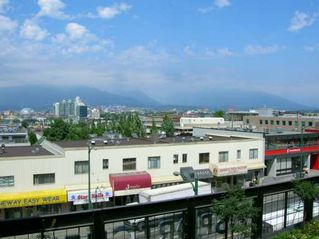 """Photo 5: 312 2515 ONTARIO ST in Vancouver: Mount Pleasant VW Condo for sale in """"ELEMENTS"""" (Vancouver West)  : MLS®# V599686"""