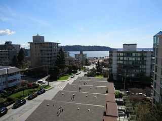 Photo 2: 703 1412 ESQUIMALT Avenue in West Vancouver: Ambleside Condo for sale : MLS®# V1058357