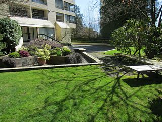 Photo 18: 703 1412 ESQUIMALT Avenue in West Vancouver: Ambleside Condo for sale : MLS®# V1058357