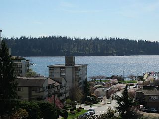 Photo 1: 703 1412 ESQUIMALT Avenue in West Vancouver: Ambleside Condo for sale : MLS®# V1058357