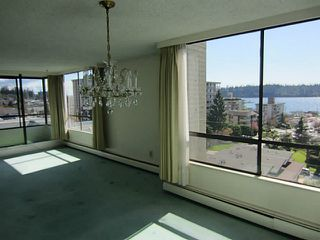 Photo 7: 703 1412 ESQUIMALT Avenue in West Vancouver: Ambleside Condo for sale : MLS®# V1058357