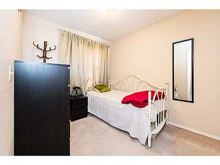 Photo 5: 6662 TEMPLE Drive NE in CALGARY: Temple Residential Attached for sale (Calgary)  : MLS®# C3615955