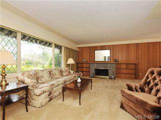 Photo 2: 3320 Gibbs Rd in VICTORIA: OB Henderson House for sale (Oak Bay)  : MLS®# 672353