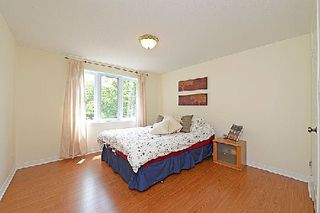 Photo 8: 1241 Cornerbrook Place in Mississauga: Erindale House (3-Storey) for sale : MLS®# W2923195