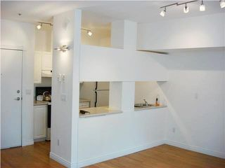 "Photo 4: 706 233 ABBOTT Street in Vancouver: Downtown VW Condo for sale in ""Abbott Place"" (Vancouver West)  : MLS®# V1094023"