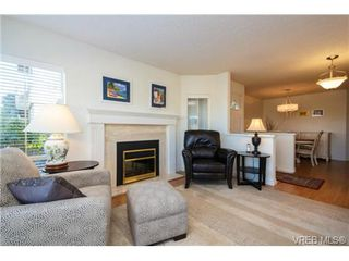 Photo 5: 503 6880 Wallace Dr in BRENTWOOD BAY: CS Brentwood Bay Row/Townhouse for sale (Central Saanich)  : MLS®# 686776