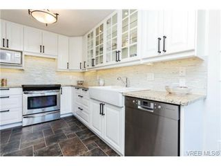 Photo 7: 503 6880 Wallace Dr in BRENTWOOD BAY: CS Brentwood Bay Row/Townhouse for sale (Central Saanich)  : MLS®# 686776