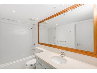 "Photo 14: 1803 499 BROUGHTON Street in Vancouver: Coal Harbour Condo for sale in ""DENIA"" (Vancouver West)  : MLS®# V1104068"