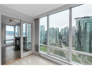 "Photo 10: 1803 499 BROUGHTON Street in Vancouver: Coal Harbour Condo for sale in ""DENIA"" (Vancouver West)  : MLS®# V1104068"