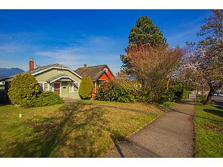 """Photo 13: 2875 TRINITY Street in Vancouver: Hastings East House for sale in """"SUNRISE/EAST VILLAGE"""" (Vancouver East)  : MLS®# V1109853"""