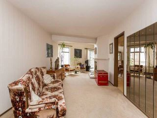 "Photo 3: 202 13882 102 Avenue in Surrey: Whalley Townhouse for sale in ""GLENDALE VILLAGE"" (North Surrey)  : MLS®# F1438802"
