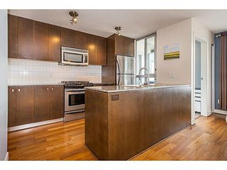 "Photo 4: 307 1030 W BROADWAY in Vancouver: Fairview VW Condo for sale in ""La Columba"" (Vancouver West)  : MLS®# V1143142"