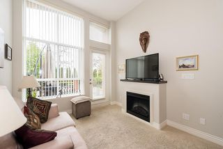 "Photo 5: 102 2970 KING GEORGE Boulevard in Surrey: Elgin Chantrell Condo for sale in ""WATERMARK"" (South Surrey White Rock)  : MLS®# R2011632"
