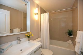 Photo 10: 412 100 Harrison Garden Boulevard in Toronto: Willowdale East Condo for sale (Toronto C14)  : MLS®# C3371713