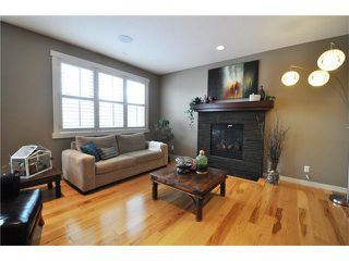 Photo 4: 92 MIKE RALPH Way SW in Calgary: Garrison Green House for sale : MLS®# C4045056
