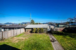 Photo 12: 4655 HIGHLAWN Drive in Burnaby: Brentwood Park House for sale (Burnaby North)  : MLS®# R2037365