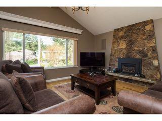 """Photo 3: 11209 MASON Place in Delta: Sunshine Hills Woods House for sale in """"Sunshine Hills"""" (N. Delta)  : MLS®# R2045670"""