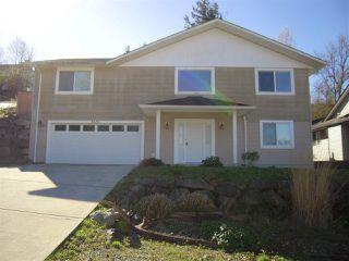 Main Photo: 5839 TRAIL Avenue in Sechelt: Sechelt District House for sale (Sunshine Coast)  : MLS®# R2046032
