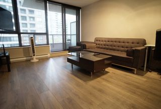 """Photo 5: 703 977 MAINLAND Street in Vancouver: Yaletown Condo for sale in """"YALETOWN PARK 3"""" (Vancouver West)  : MLS®# R2048985"""
