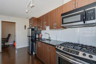 "Photo 7: 507 1068 W BROADWAY in Vancouver: Fairview VW Condo for sale in ""THE ZONE"" (Vancouver West)  : MLS®# R2051797"