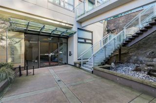 "Photo 2: 507 1068 W BROADWAY in Vancouver: Fairview VW Condo for sale in ""THE ZONE"" (Vancouver West)  : MLS®# R2051797"