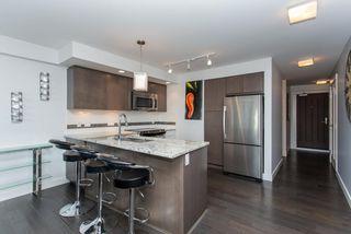 """Photo 2: 505 14955 VICTORIA Avenue: White Rock Condo for sale in """"The Sausalito"""" (South Surrey White Rock)  : MLS®# R2061872"""