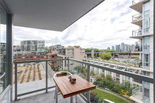 """Photo 16: 802 1887 CROWE Street in Vancouver: False Creek Condo for sale in """"PINNACLE LIVING FALSE CREEK"""" (Vancouver West)  : MLS®# R2068122"""