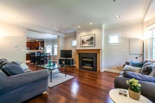 Photo 3: 28 W 14TH Avenue in Vancouver: Mount Pleasant VW Townhouse for sale (Vancouver West)  : MLS®# R2075233
