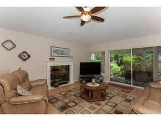 """Photo 3: 16 21746 52 Avenue in Langley: Murrayville Townhouse for sale in """"Glenwood Village Estates"""" : MLS®# R2087086"""
