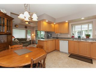 """Photo 10: 16 21746 52 Avenue in Langley: Murrayville Townhouse for sale in """"Glenwood Village Estates"""" : MLS®# R2087086"""