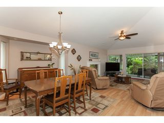 """Photo 6: 16 21746 52 Avenue in Langley: Murrayville Townhouse for sale in """"Glenwood Village Estates"""" : MLS®# R2087086"""