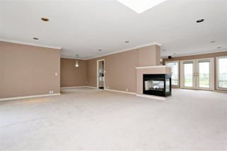 Photo 3: 6625 180 Street in Surrey: Cloverdale BC House for sale (Cloverdale)  : MLS®# R2104517