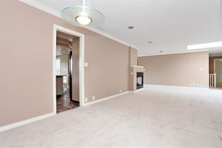 Photo 5: 6625 180 Street in Surrey: Cloverdale BC House for sale (Cloverdale)  : MLS®# R2104517