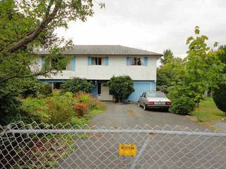 Photo 2: 17643 24 Avenue in Surrey: Hazelmere House for sale (South Surrey White Rock)  : MLS®# R2123856