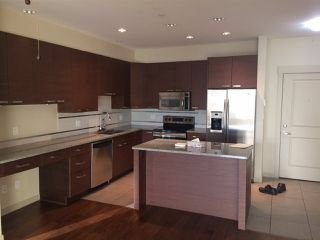 Photo 3: 302 4365 HASTINGS Street in Burnaby: Vancouver Heights Condo for sale (Burnaby North)  : MLS®# R2128194
