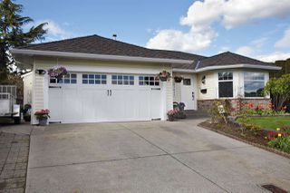 "Photo 1: 31043 UPPER MACLURE Road in Abbotsford: Abbotsford West House for sale in ""ABBOTSFORD WEST"" : MLS®# R2163255"