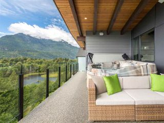 Photo 19: 41165 ROCKRIDGE Place in Squamish: Tantalus House for sale : MLS®# R2167179