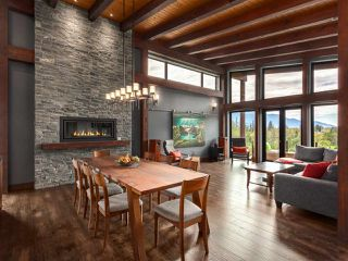 Photo 3: 41165 ROCKRIDGE Place in Squamish: Tantalus House for sale : MLS®# R2167179