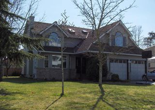 Photo 1: 16266 15TH Ave in South Surrey White Rock: Home for sale : MLS®# F2807568