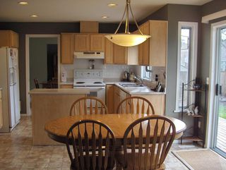 Photo 2: 16266 15TH Ave in South Surrey White Rock: Home for sale : MLS®# F2807568