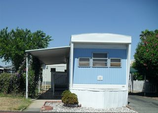Photo 1: EAST ESCONDIDO Manufactured Home for sale : 1 bedrooms : 8 Paramount Street in Escondido