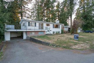 "Photo 2: 2575 JAMES Street in Abbotsford: Abbotsford West House for sale in ""JA Spud Murphy Park"" : MLS®# R2199818"