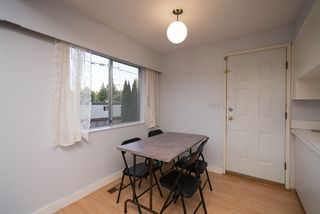 "Photo 7: 2575 JAMES Street in Abbotsford: Abbotsford West House for sale in ""JA Spud Murphy Park"" : MLS®# R2199818"