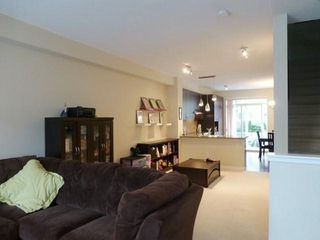 Photo 8: 100 2729 158 Street in South Surrey White Rock: Home for sale : MLS®# F1325047