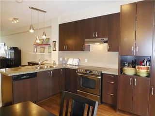 Photo 2: 100 2729 158 Street in South Surrey White Rock: Home for sale : MLS®# F1325047