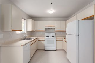 Photo 6: 5389 TAUNTON Street in Vancouver: Collingwood VE House for sale (Vancouver East)  : MLS®# R2210784
