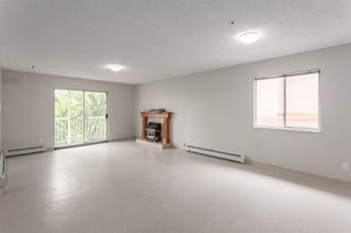 Photo 4: 5389 TAUNTON Street in Vancouver: Collingwood VE House for sale (Vancouver East)  : MLS®# R2210784