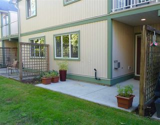 "Photo 4: 45 735 PARK Road in Gibsons: Gibsons & Area Townhouse for sale in ""Sherwood Grove"" (Sunshine Coast)  : MLS®# R2211947"