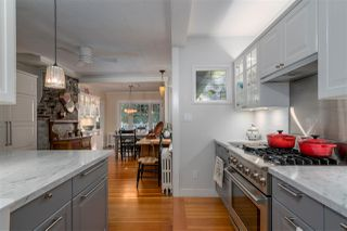 Photo 3: 461 E ST. JAMES Road in North Vancouver: Upper Lonsdale House for sale : MLS®# R2217635