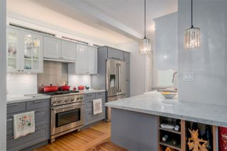 Photo 4: 461 E ST. JAMES Road in North Vancouver: Upper Lonsdale House for sale : MLS®# R2217635